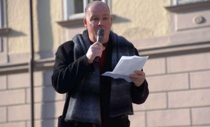 Mühlviertler Erdkabel Initiative Pochte In Linz Auf Eine Moderne
