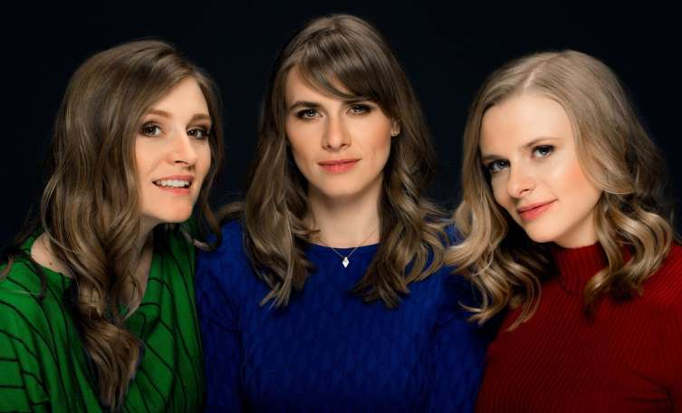 Voices of Christmas mit den Poxrucker Sisters in der Basilika Mondsee