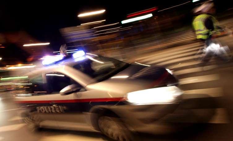 16-jähriger Linzer lieferte sich mit Polizei Verfolgungsjagd, mit Auto und zu Fuß