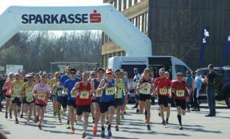 Laufcup: Favoritensiege zum Start