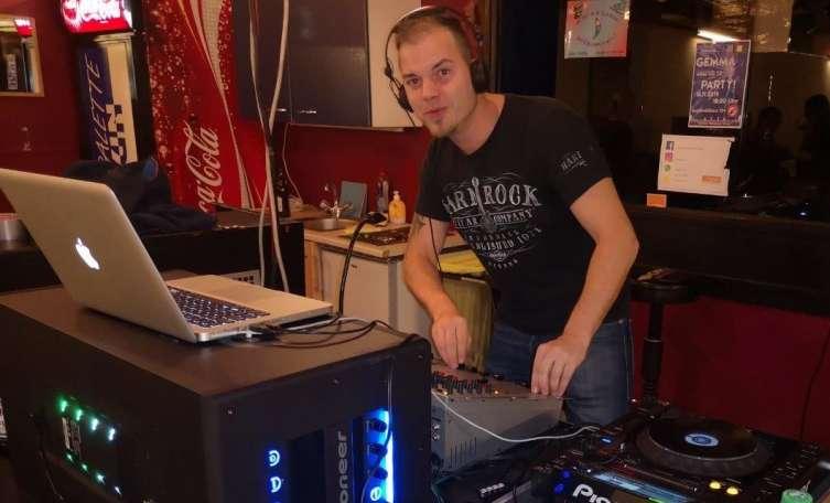 DJ-Schnupperstunde bei Jugenddisco in Traun - Tips - Total Regional