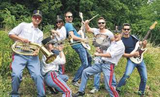 "Theater am Fluss: Auftakt mit ""Classic Rock"