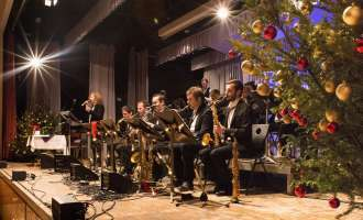 Swingin´ into Christmas mit der Big Band Theory