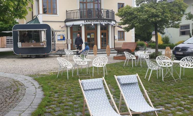 Sommer-Kiosk am Dorfplatz in Munderfing - Tips