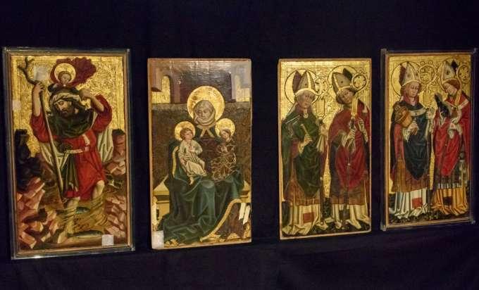 nach 30 jahren kommen gestohlene altarbilder nach. Black Bedroom Furniture Sets. Home Design Ideas