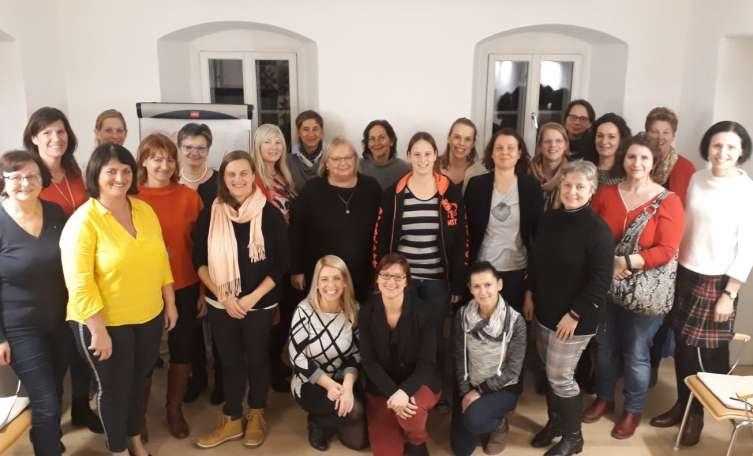 Online Chat & Dating Gmunden   Lerne Mnner & Frauen in
