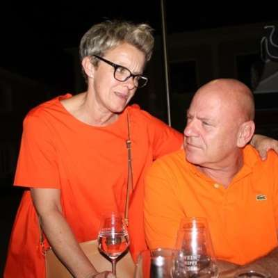Orange is the new Black. :-)