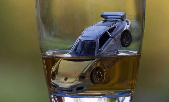 Die Einstiche vom Alkoholismus in spb