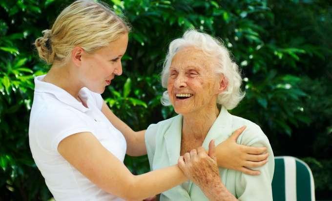 Ältere leute kennenlernen