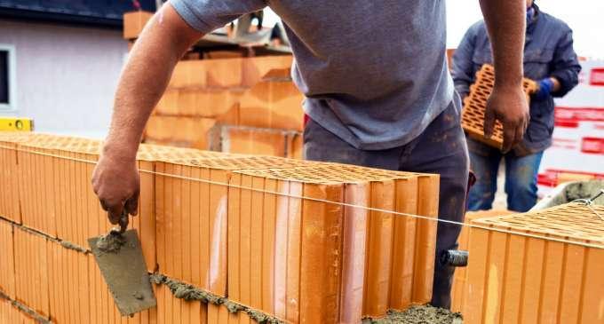 neues gesetz bestraft heimische auftraggeber bei lohndumping im baugewerbe. Black Bedroom Furniture Sets. Home Design Ideas