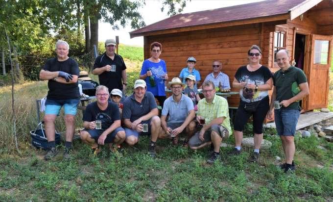 Erste Weinlese Aus Dem Weingarten Der Familie Schmuckenschlager In Enns