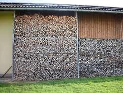 Ofenfertiges Brennholz