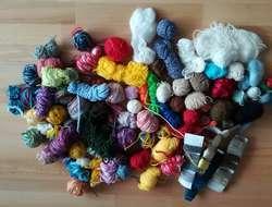 Wer verschenkt  Wollreste , Häckelgarn  und Bastelmaterial