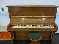 Schneider & Söhne Piano