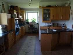 Kirschenvollholz Küche mit Boschgeräte