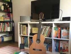 Verkaufe  3/4 Gitarre mit Zubehör