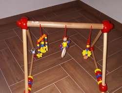 Spieltrainer aus Holz
