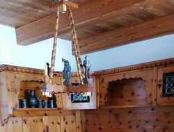 Wunderschöne Zirbenholzstube