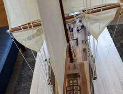 Wunderschönes großes Segelschiff für das Wohnzimmer!