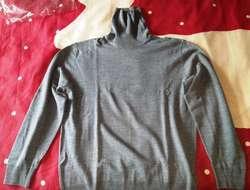 Hochgeschlossener Pullover Grau