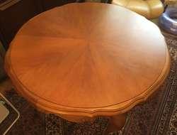 Tisch -Louis Philippe Stil