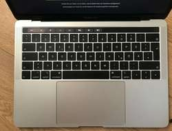 Macbook Pro 2018 512GB 16GB Touch Bar